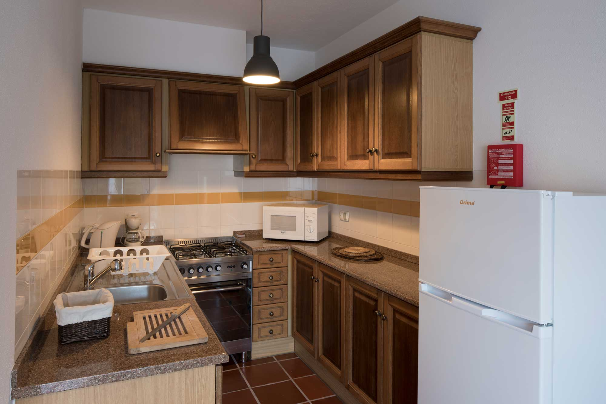 Apartment Monserrate offers a kitchenette